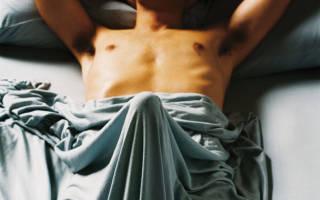 Почему у мужчин по утрам стоит член: причины и что делать, если не встает!