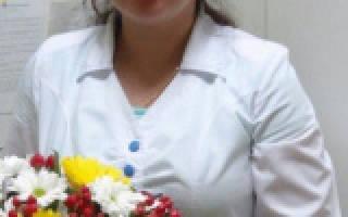 Белые выделения у женщин без запаха: густые и с зудом, причины и лечение